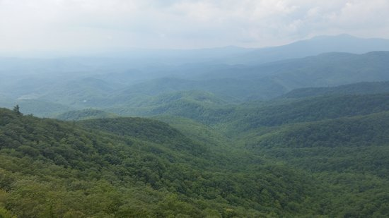 The Blowing Rock: Mountain View