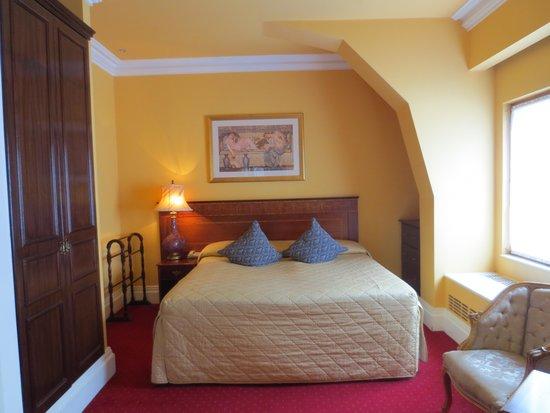 Kilkenny Hibernian Hotel: Our Room