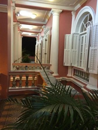 Clube Militar De Macau : the entrance to the Clube
