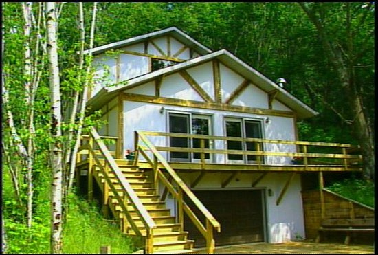 Percheron Paradise Romantic Hideaway: Chalet # 2 comes with a 4 wheel drive GEO Tracker to get you there