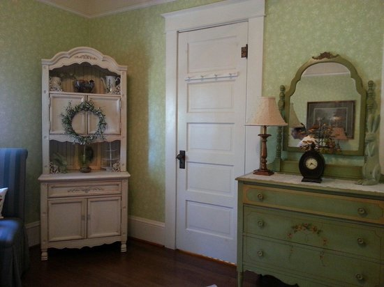 Sandes of Time Bed & Breakfast: The Spring Room