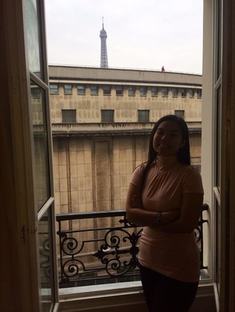 Hotel Eiffel Trocadero: View from the room