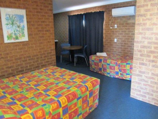 Colonial Motor Inn : 2 bedroom family unit