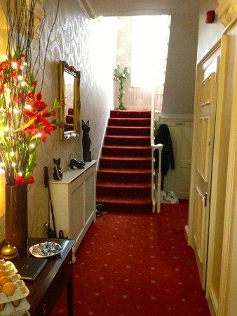 Edinburgh Central Guest House : Front Hall