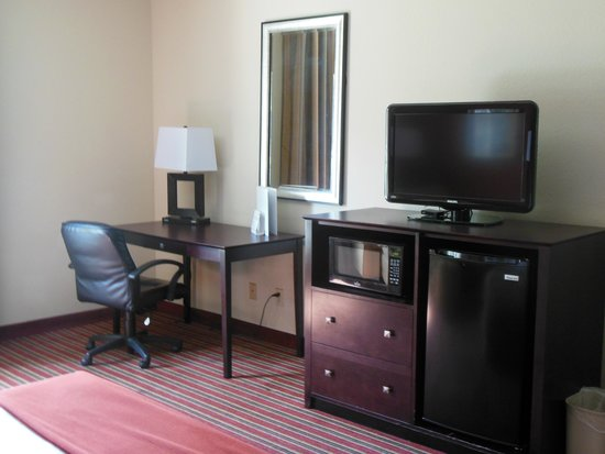 Holiday Inn Express - The Villages: King Buisness