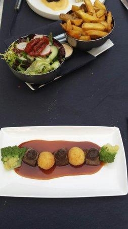 Kwiezien: Kleine gerechten, helemaal af. Heerlijk bovendien.