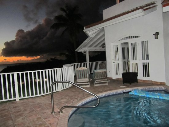 Windjammer Landing Villa Beach Resort: Each Villa has their own little pool