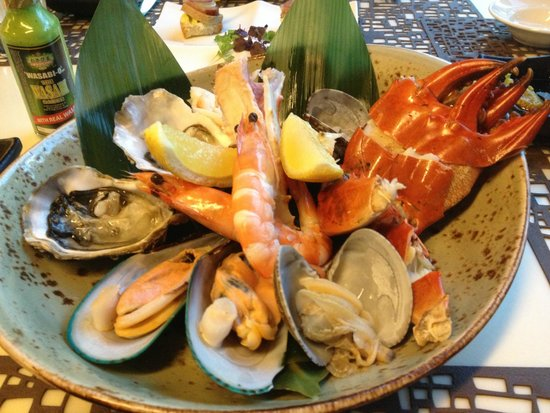 Triple Three: Seafood Platter