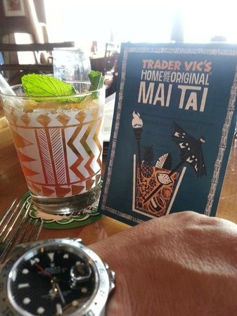 Trader Vic's: Time For Dinner!
