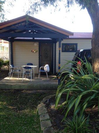 BIG4 Emu Beach Holiday Park: great balcony and gardens
