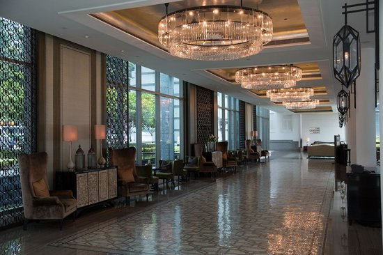 The Fullerton Bay Hotel Singapore: Lobby coffee and drinks
