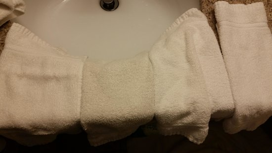 Holiday Inn Express Milwaukee- West Medical Center: This is Disgusting!  Am I supposed to bathe with these?