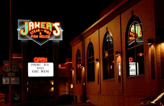 jaker s steakhouse picture of jakers bar and grill great falls rh tripadvisor com