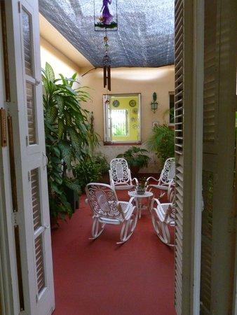 Casa Diana: charming inner courtyard