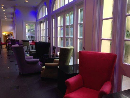 Hotel Le Marais: Next to lobby