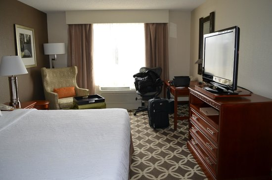 Hilton Garden Inn Burlington: my room