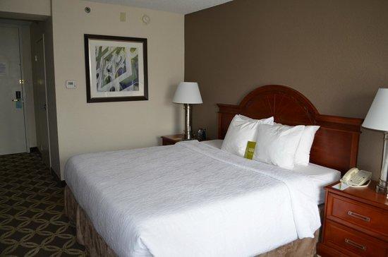 波士顿伯灵顿希尔顿花园酒店照片