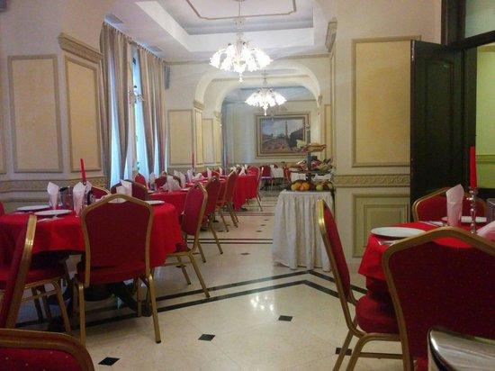 Hotel Reginetta I: Salón de desayuno