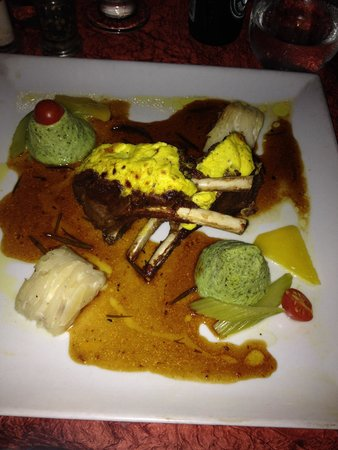 La Villa Restaurant : Lamb chops in a honey fig sauce with zucchini cake and potatoes