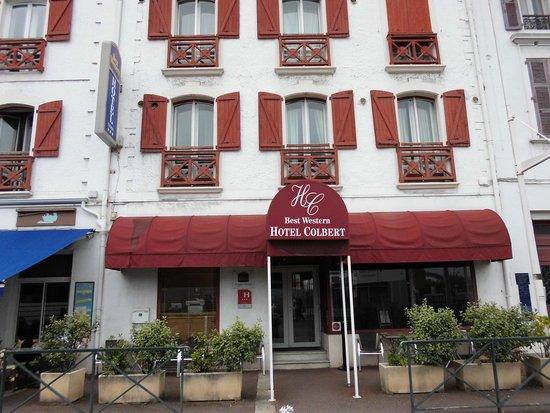 Hotel Colbert : ホテル正面