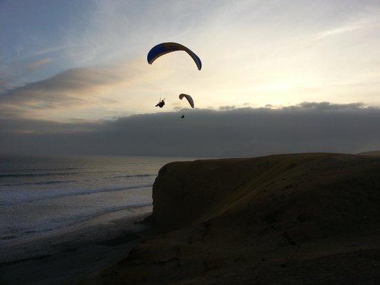 Paragliding Paracas Peru Fly