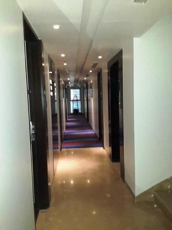 The Sahil Hotel: Lobby