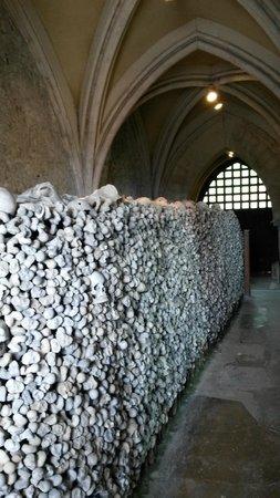 Crypt of St. Leonard: crypt