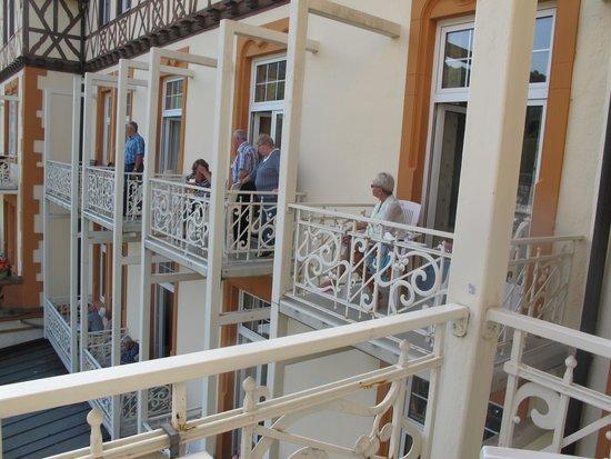 Hotel Drei Konige : Utsikt från vår balkong