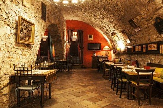 Ristorante foto di taverna toscana praga tripadvisor for Immagini taverna rustica