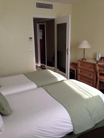 Hotel Le Meditel : Chambre au 5 eme
