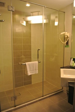 Sunway Hotel Seberang Jaya: Bathroom