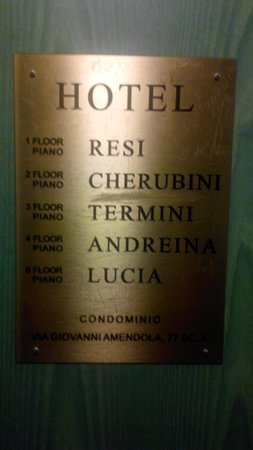 Hotel Andreina: The signboard on the street