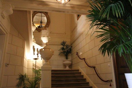 Hotel de France: Le Grand Escalier