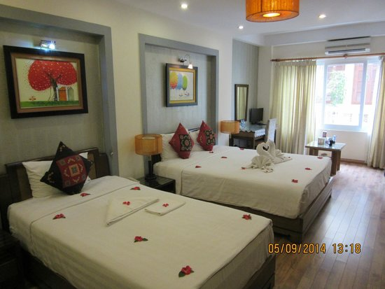 Splendid Star Grand Hotel: Our suite