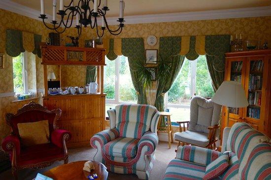 Dungimmon House: Gäste Aufenthaltsraum mit Tee/Kaffee Zubereitungsecke im EG