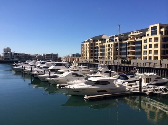 Glenelg Pier: Marina