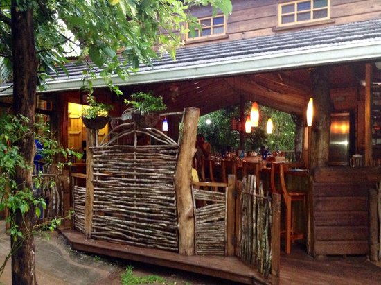 Zimbali's Mountain Cooking Studio : Front porch