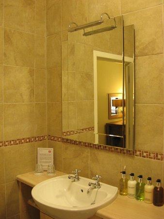 Bathroom picture of the temple matlock bath tripadvisor - Matlock hotels with swimming pools ...