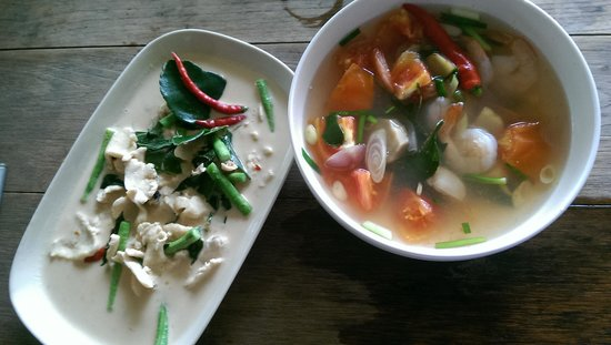 White Orchid: curry and soup from cooking class