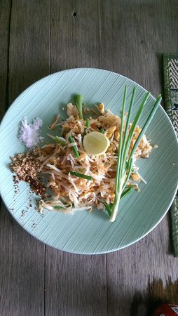 White Orchid: pad thai from cooking class