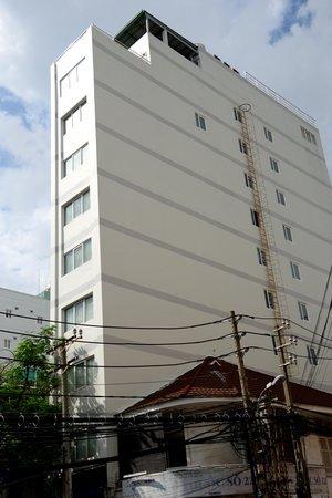 An An 2 Hotel: outside - AN AN 2