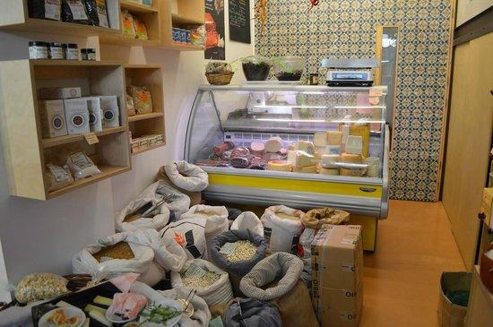 Cretan Paths: Shop where we tasted cheeses!