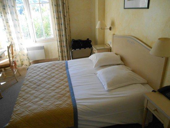 Grand Hotel Les Lecques: La petite chambre