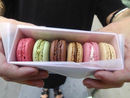 Ladurée Paris Bonaparte : The smallest box available