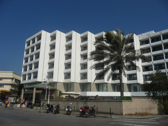 Blue Sky City Beach Hotel: Hotel