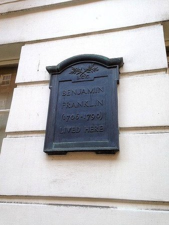 Benjamin Franklin House: Plaque On Front Facade