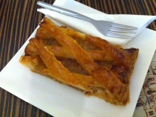 La Chocolatine: Apple Pie