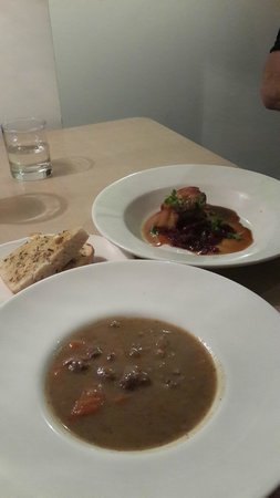 Table Restaurant: Beef Soup with Garlic bread and Pork Belly