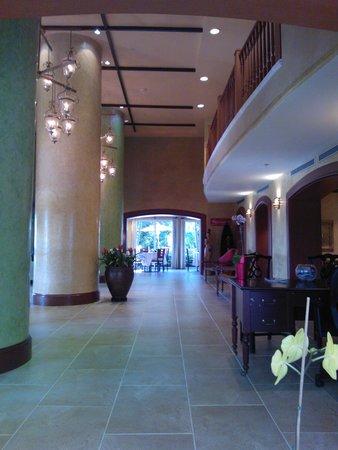 The Mutiny Hotel : hall