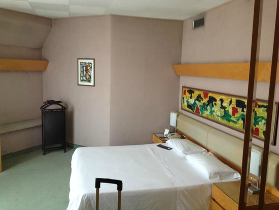 Sheraton Catania Hotel: a